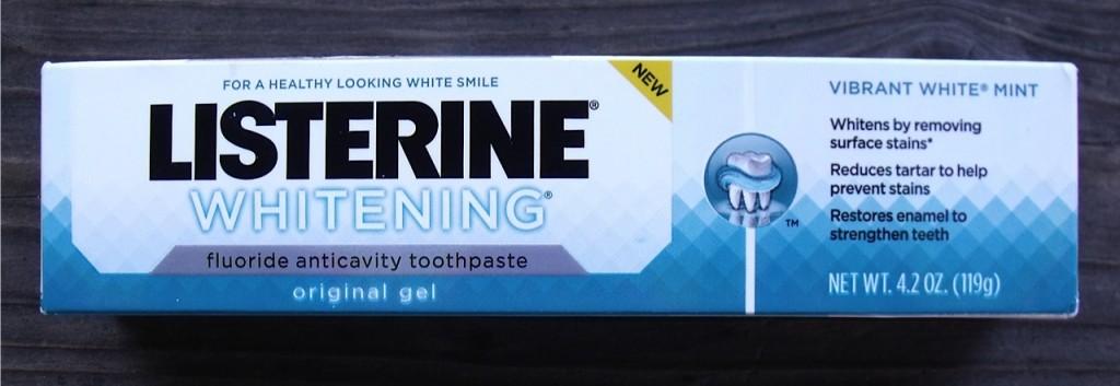 LISTERINE® toothpaste
