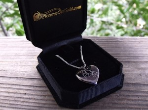 PicturesOnGold.com Sterling Silver Locket with Photo Engraving