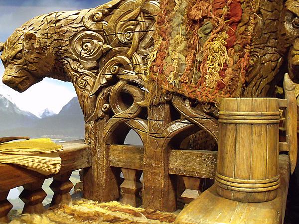 The Hobbit Pop-Up Book of New Zealand