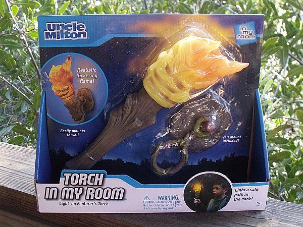 Uncle Milton Nat Geo Explorer's Torch