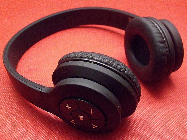 jam transit bluetooth headphones mama likes this. Black Bedroom Furniture Sets. Home Design Ideas