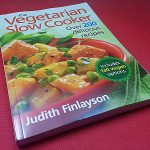 Vegetarian Slow Cooker Cookbook – 200+ Recipes