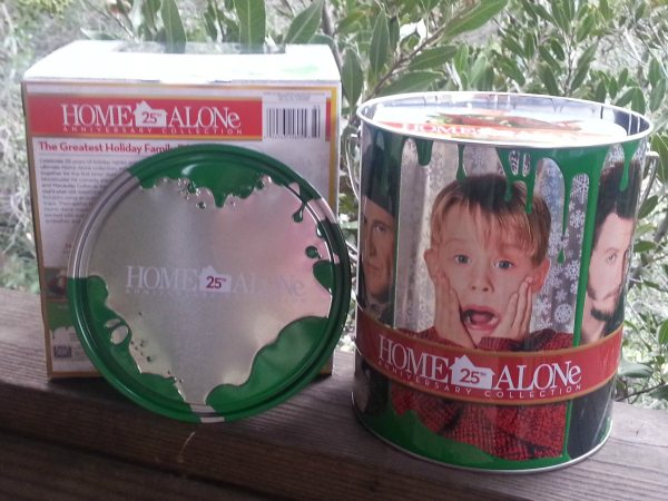 Home Alone Ultimate Collector's Edition Gift Set | Mama Likes This