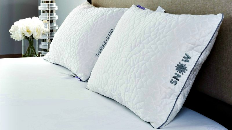 Snow Pillow Holiday Gift Guide