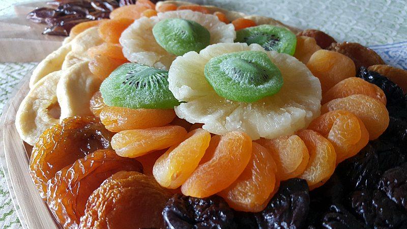 dried pineapple fruit platter