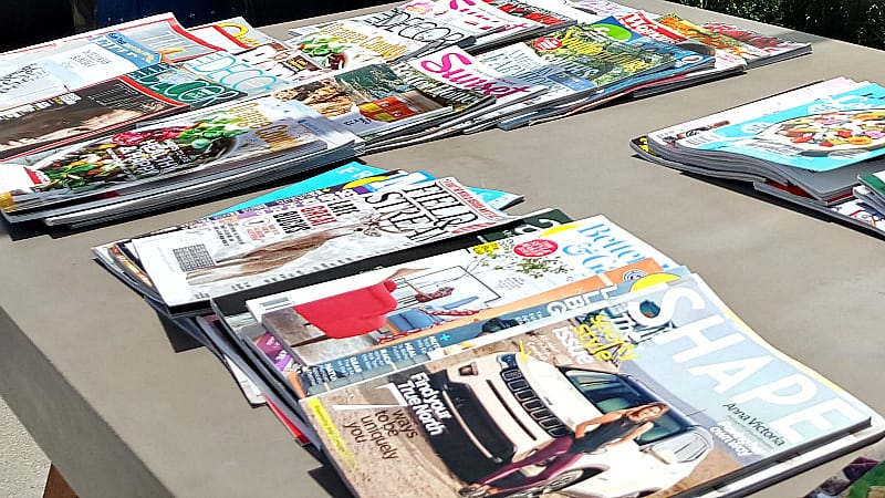 vision board magazine table
