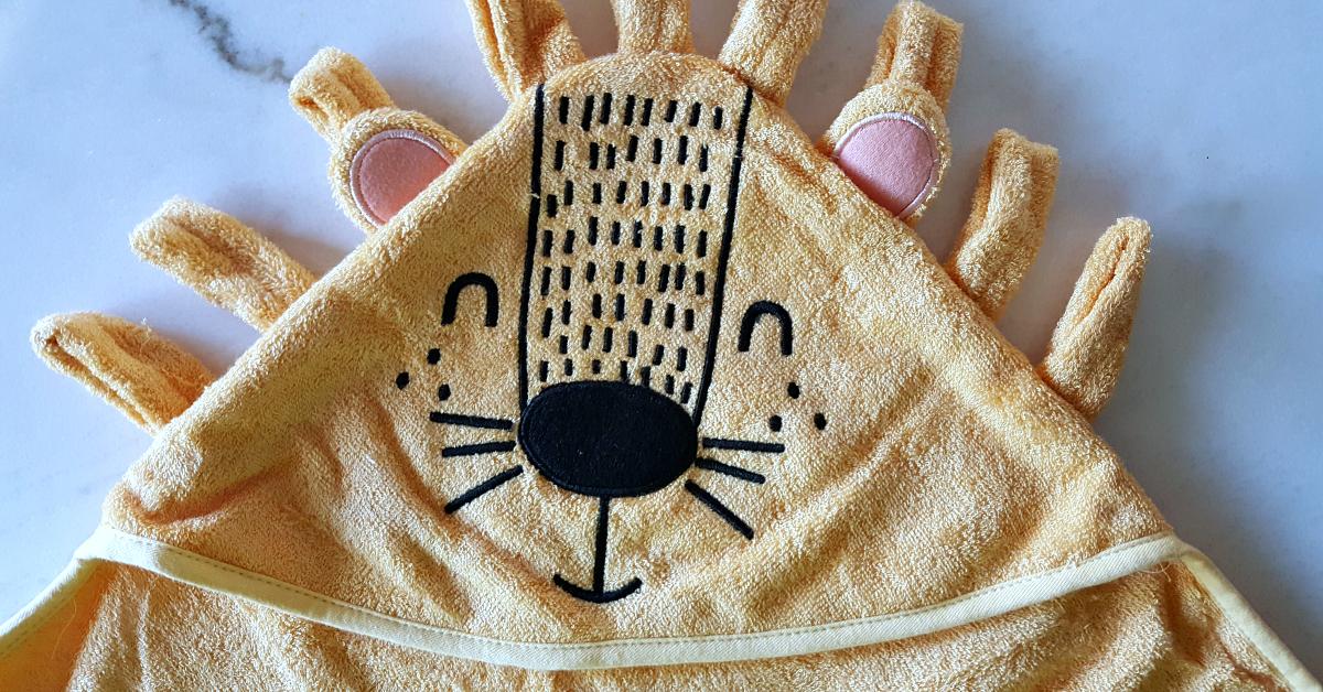 3 hooded towel
