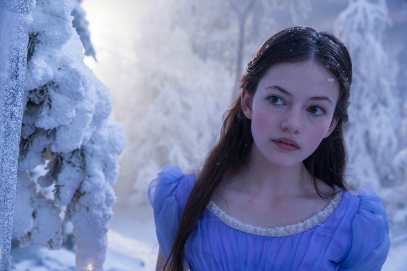 Mackenzie Foy is Clara in Disney's THE NUTCRACKER AND THE FOUR REALMS