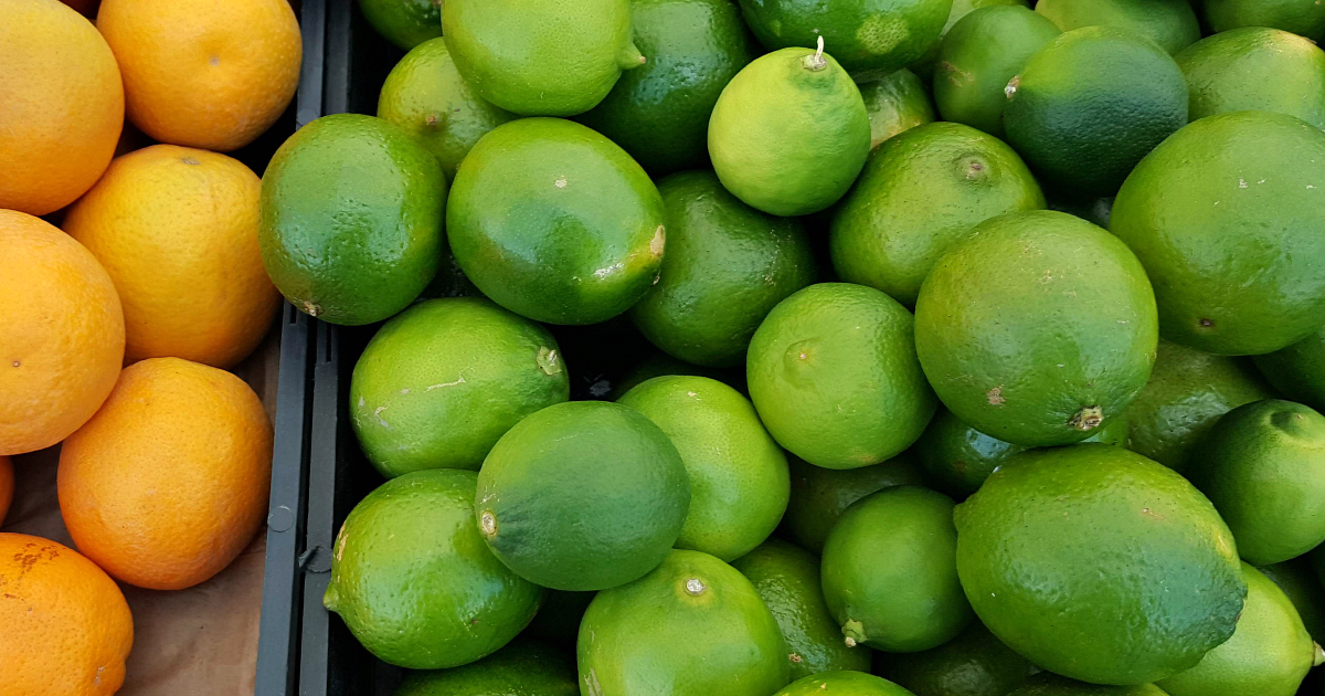 citrus fruit limes