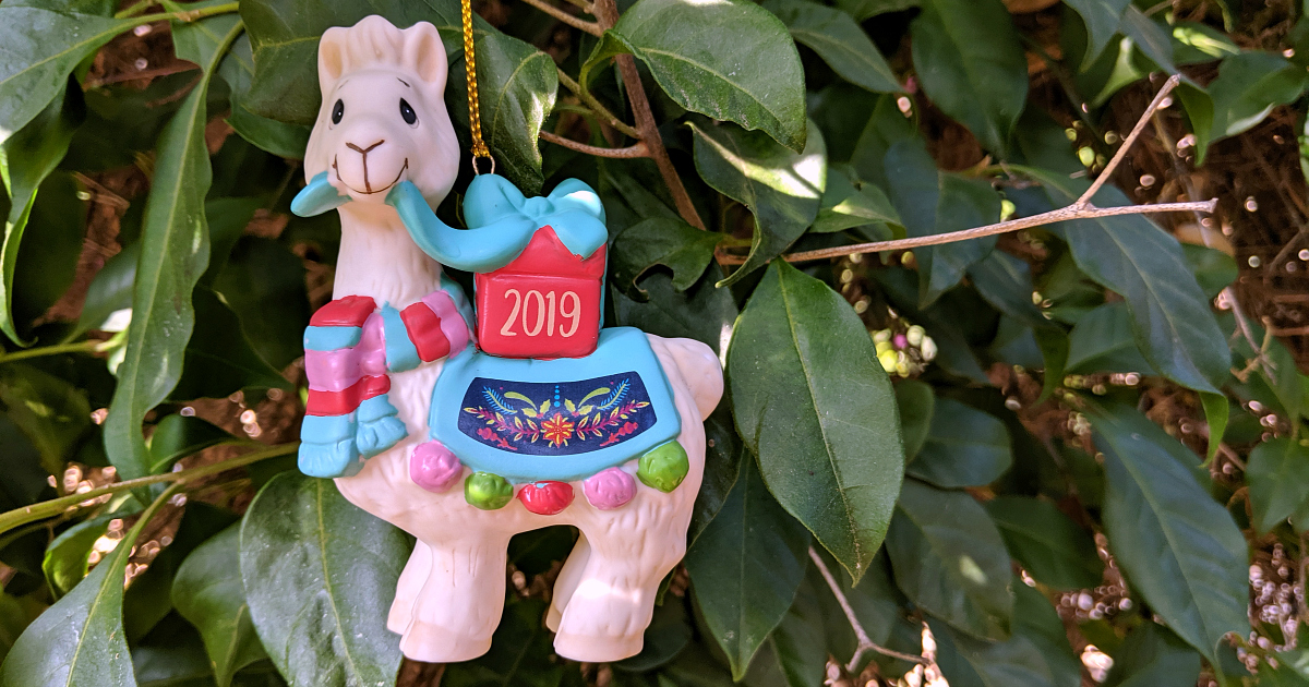 christmas in july llama