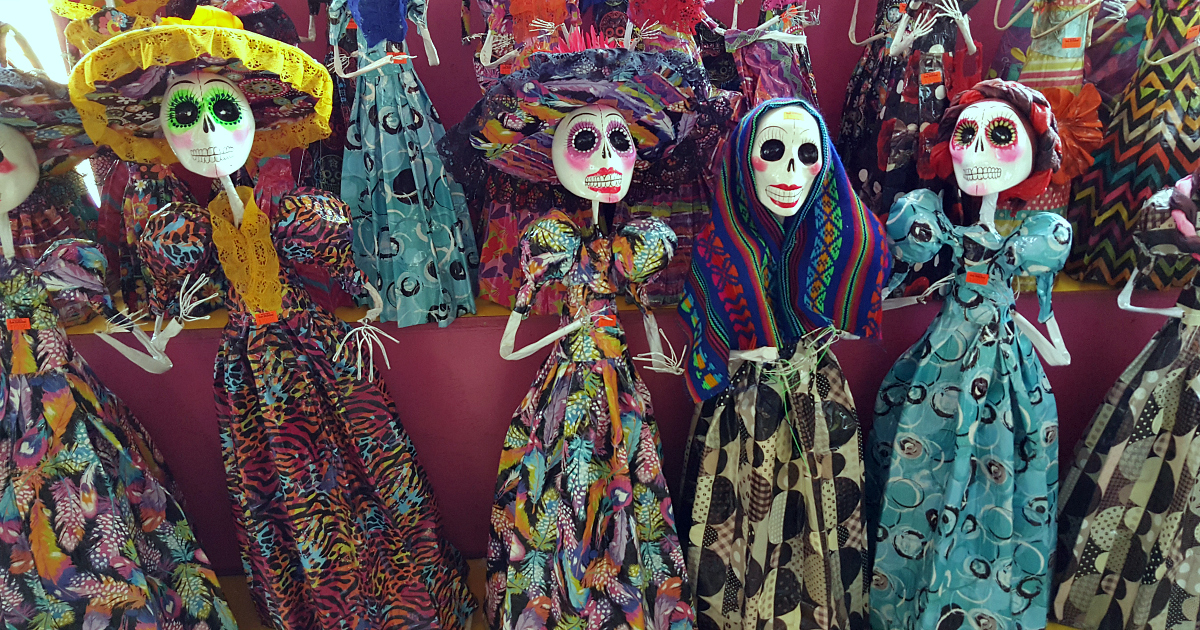 lovely ladies day of the dead decor