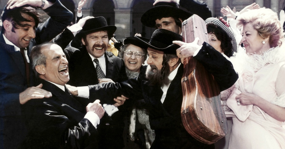 scene from rabbi jacob comedy