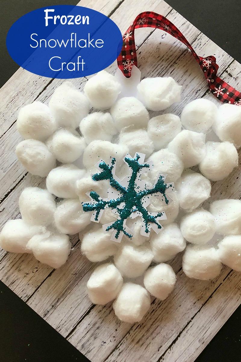 Disney Inspired Frozen Snowflake Ornament Craft #Disney #DisneyOrnament #DisneyCraft #Frozen #Frozen2 #FrozenCraft #FrozenOrnament #CottonBallCraft