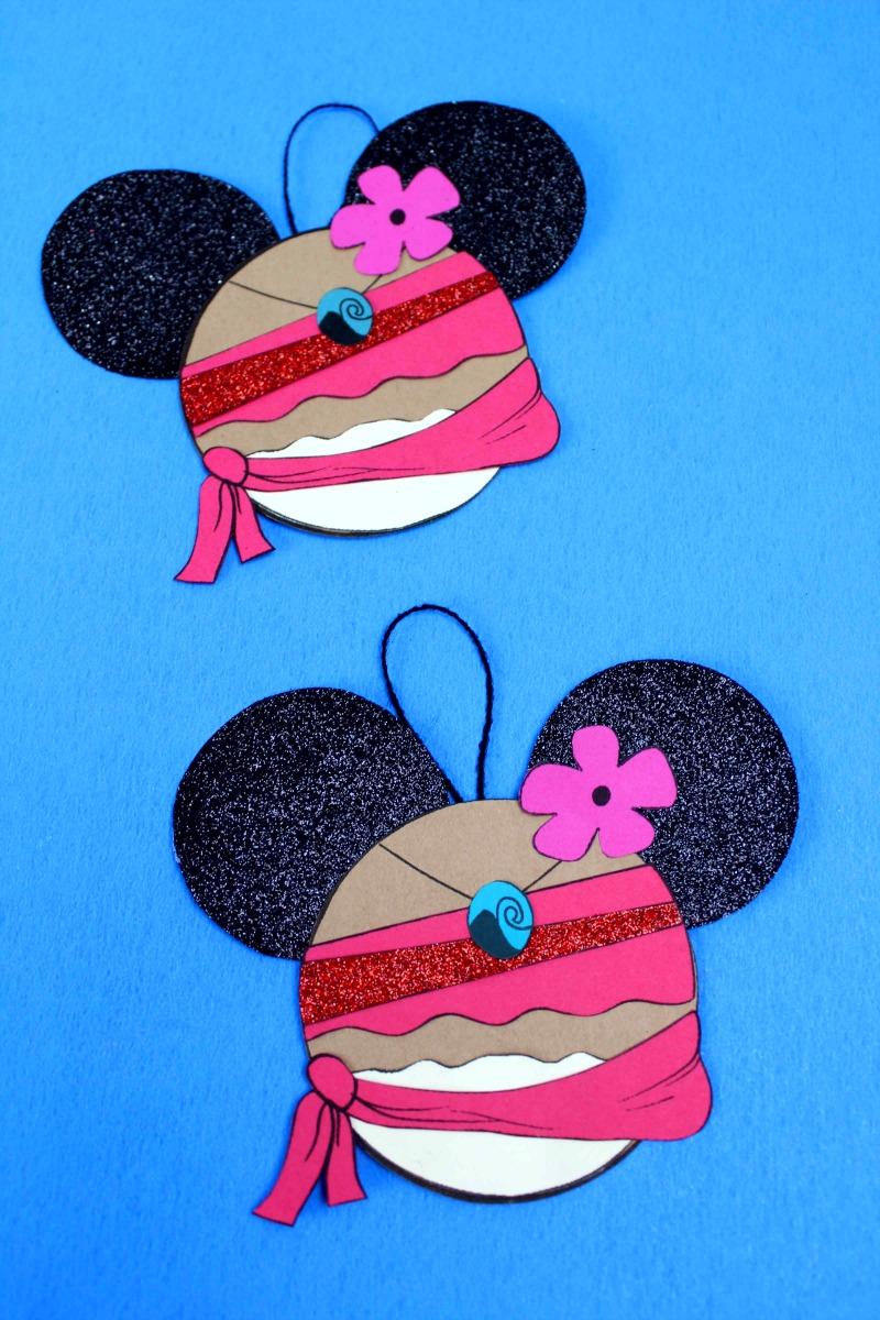 Disney Inspired Moana Ornament Craft with Free Printable Template #DisneyCrafts #Moana #MoanaCrafts #MoanaCraft