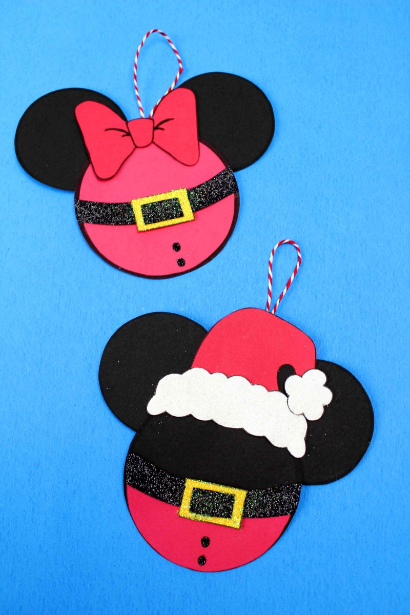 Disney Santa Mickey and Minnie Craft #SantaMickey #MickeyHead #DisneyCraft #DisneyOrnament