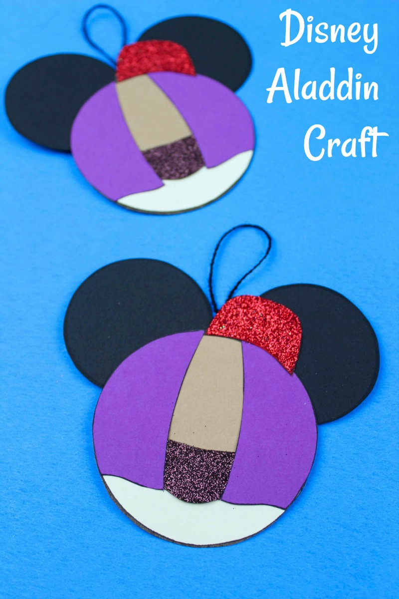 Disney Inspired Aladdin Ornament Craft #FreePrintable #DisneyCraft #Aladdin #AladdinCraft #DisneyOrnament