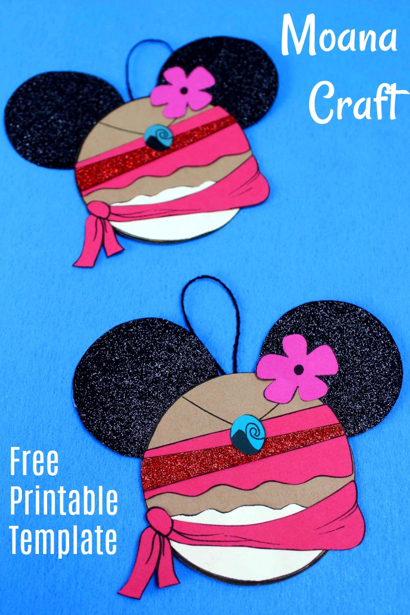 Disney Inspired Moana Ornament Craft with Free Printable Template #DisneyCrafts #Moana #MoanaCrafts
