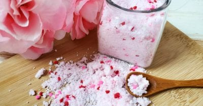 feature vday diy fizzy bath salts