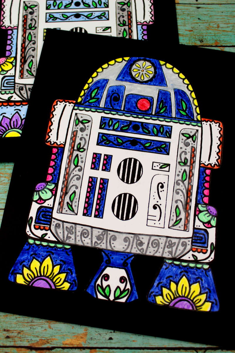 Free Printable Star Wars R2-D2 Sugar Skull Coloring Page Craft #StarWars #R2D2 #SugarSkull #DayOfTheDead #DiaDeLosMuertos