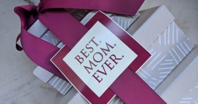 feature best mom gift tower