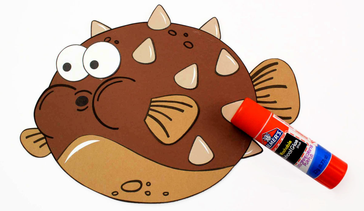 glue paper pufferfish craft