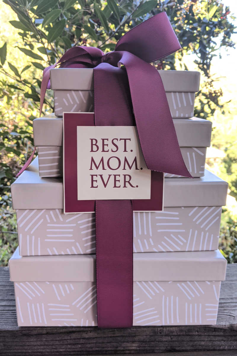 Best Mom Gift Tower for Mother's Day #MothersDayGift