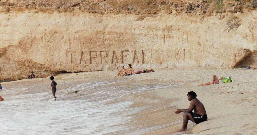 beach scene in djon africa