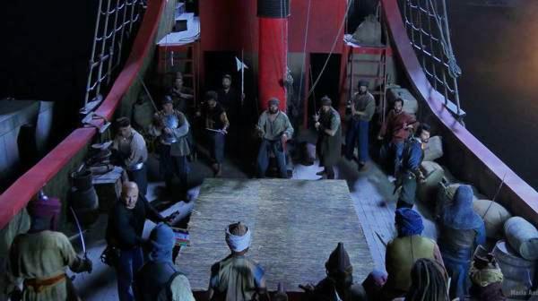 ship scene from pilgrimage