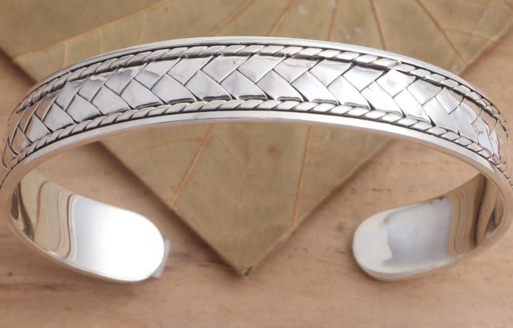 silver novica bracelet