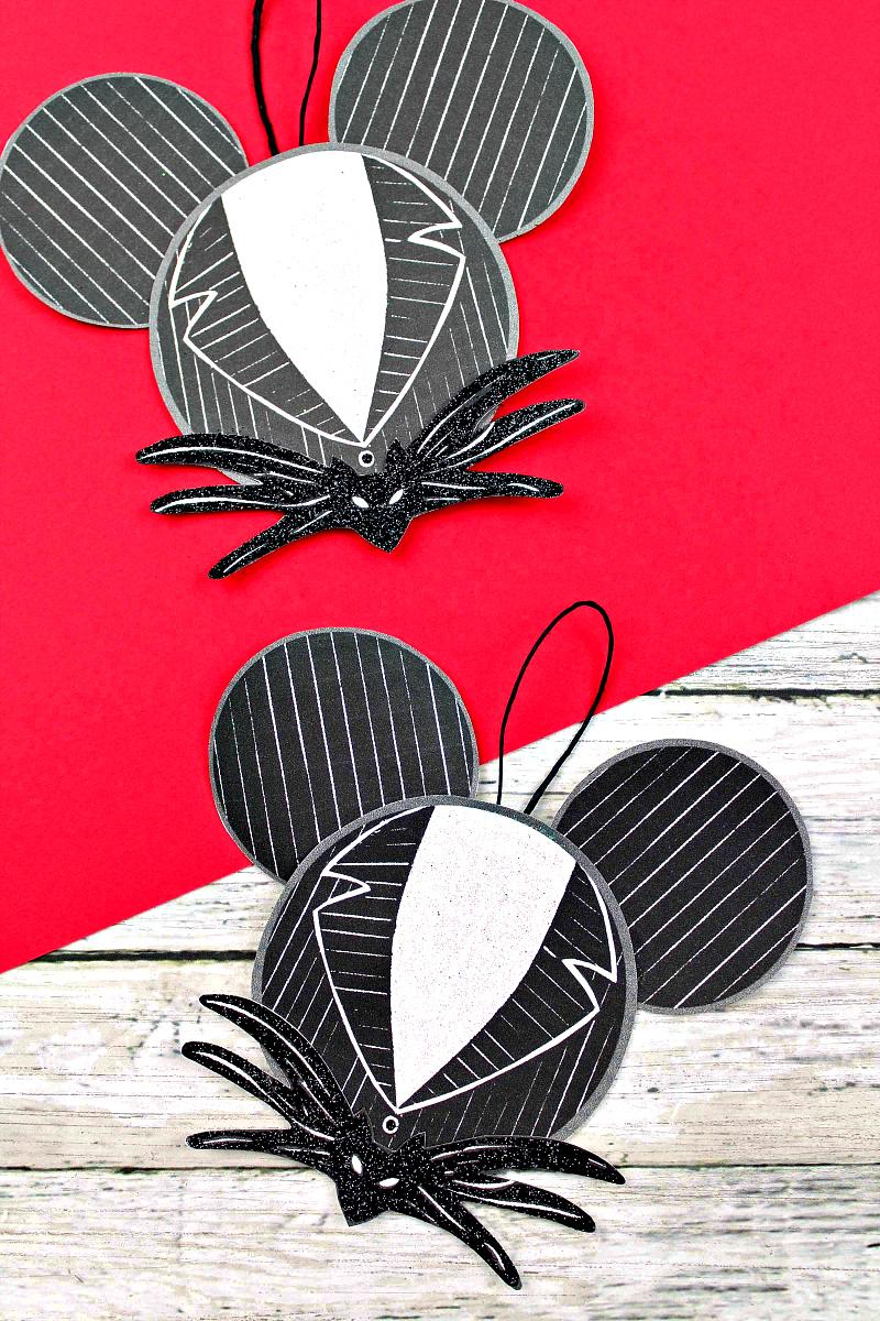 Jack Skellington Ornament Craft #Disney #NightmareBeforeChristmas #FreePrintable #JackSkellington #ChristmasOrnament #HolidayOrnament #Jack #EasyCraft #EasyChristmasCraft