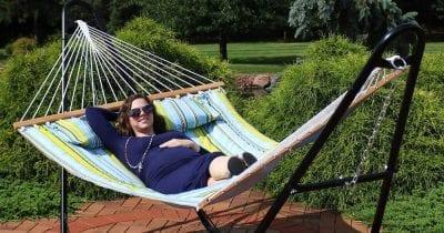 sunnydaze hammock for backyard relaxation